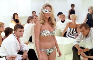 A chic club and deadly lingerie